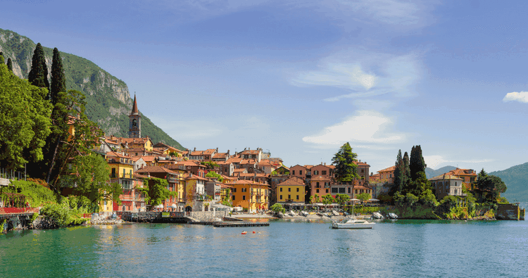Laze around Lake Como