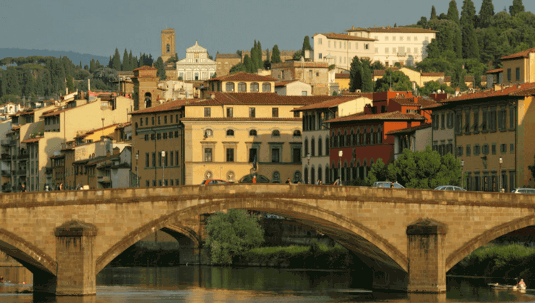 Browse through the Oltrarno district