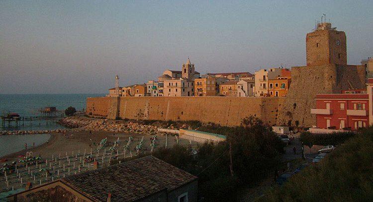 Termoli,_borgo_antico_e_mare